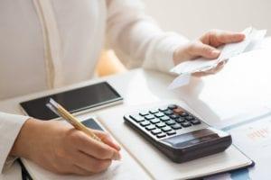 Preço de uma revisão de contrato de financiamento com juros abusivos