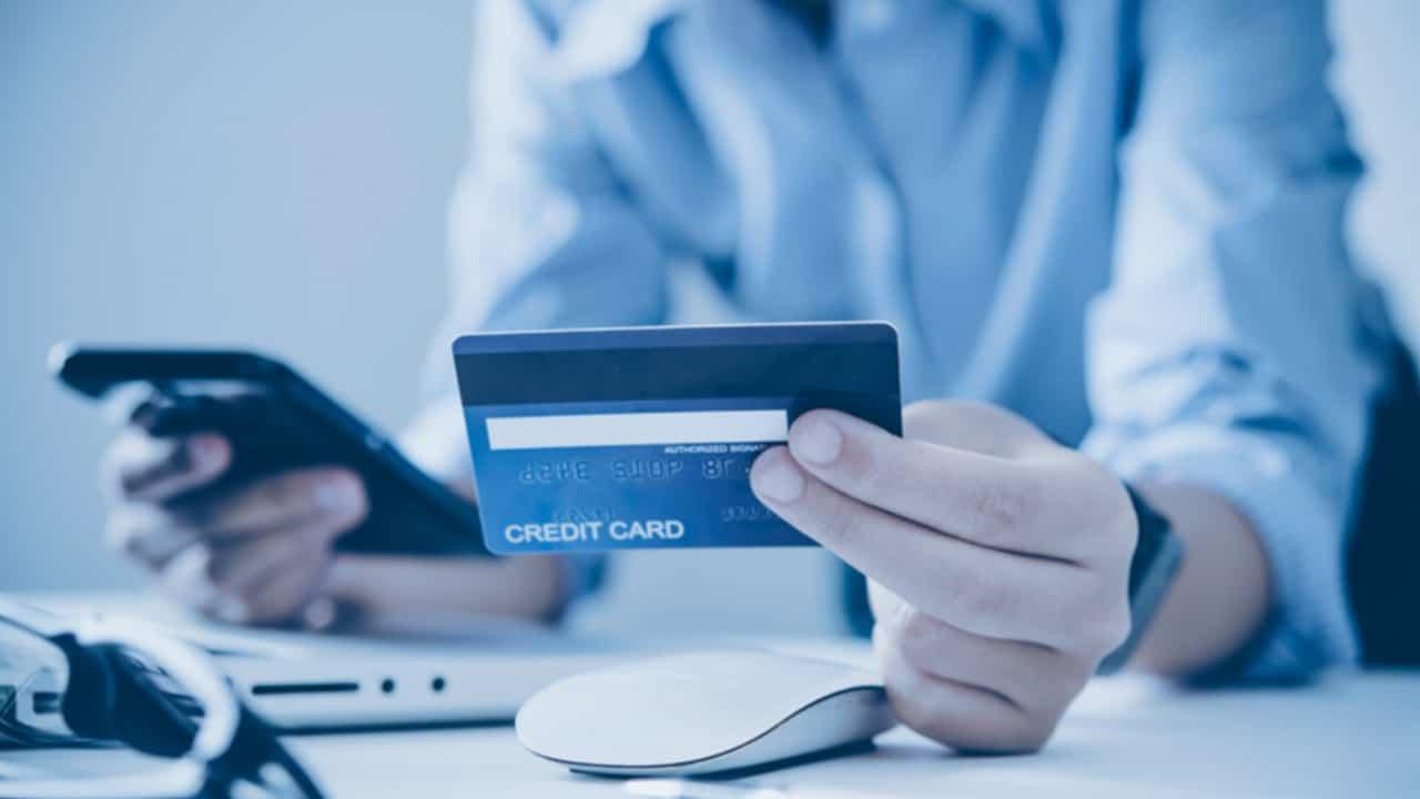 Pagar dívida cartão crédito